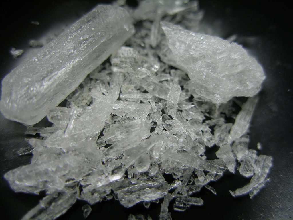 smuggle meth into New Zealand
