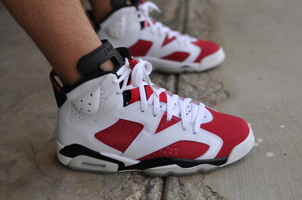 275f4b5178135d Police in New York break up  70 million fake Nike Air Jordans ...
