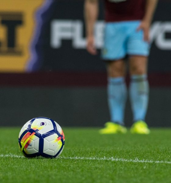 Premier League football match livestreaming operation