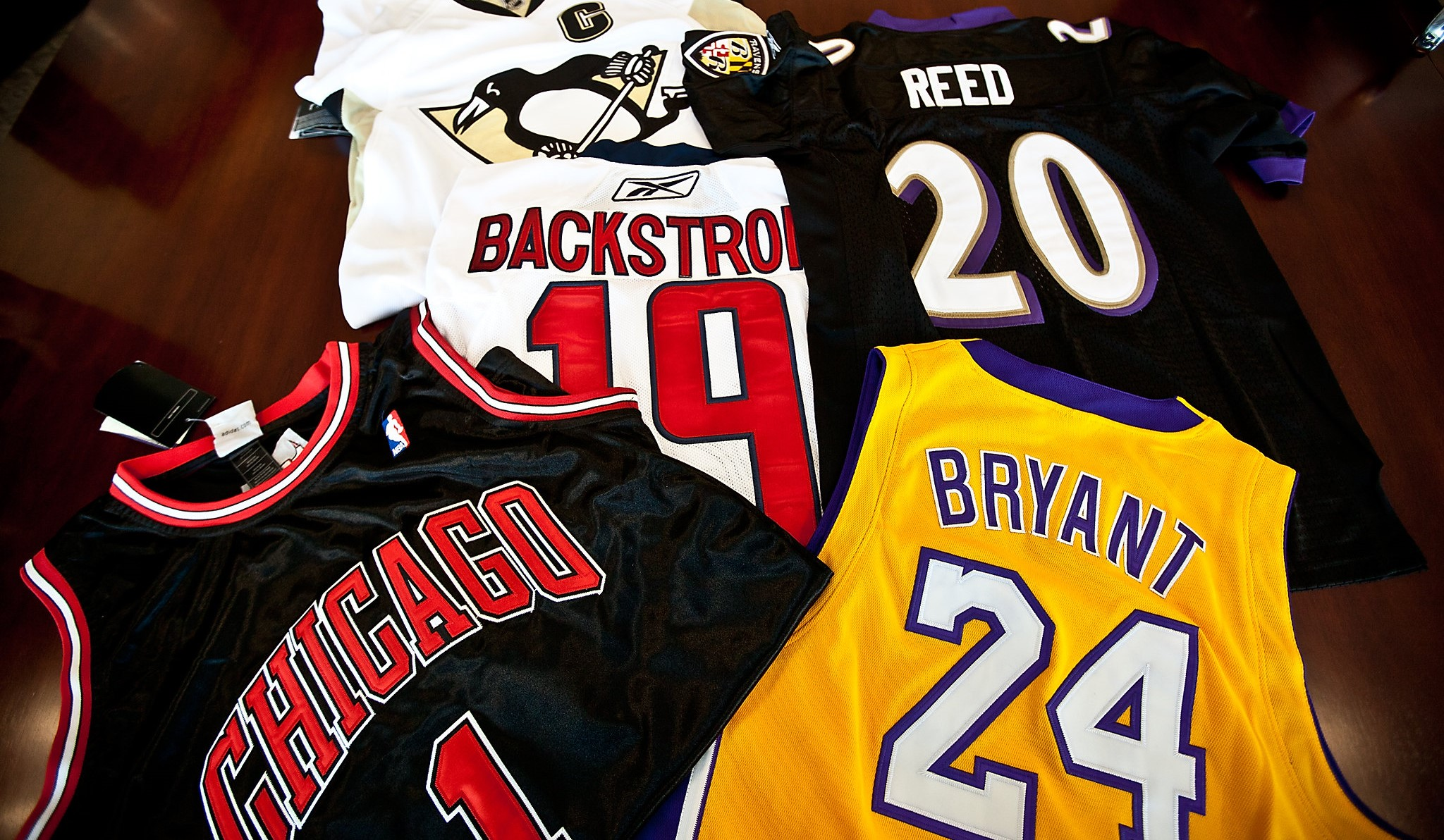 crackdown on NBA counterfeiters in Chicago